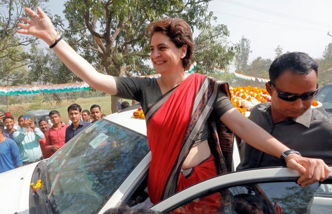 Priyanka takes on Smriti in fight over shoes