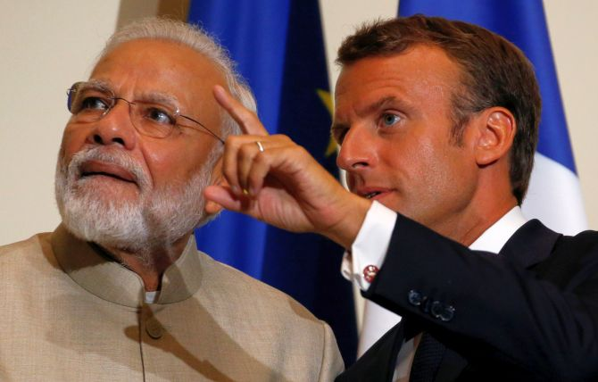 India, Pak should resolve Kashmir bilaterally: Macron
