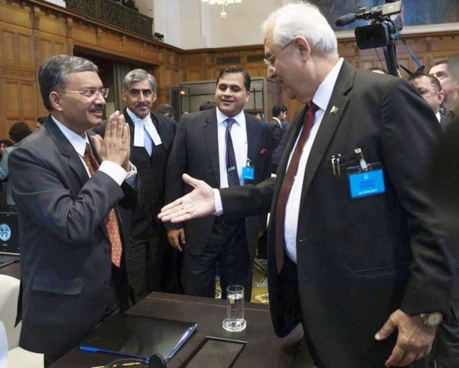 Namaste, but won't shake hands: India snubs Pakistan at ICJ