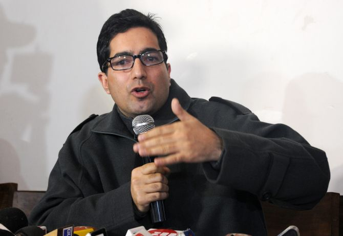 Shah Faesal won't join any mainstream party 'as of now ...