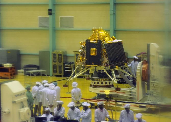 What went wrong with Chandrayaan 2