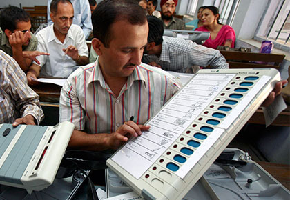 India News - Latest World & Political News - Current News Headlines in India - Who says EVMs can be hacked?