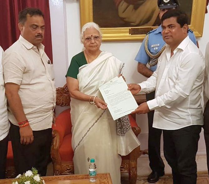 Goa Congress MLAs meet governor, stake claim to form govt