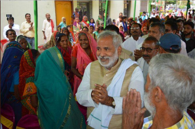 Will clean politics triumph in Mahavir's birthplace? - Rediff com