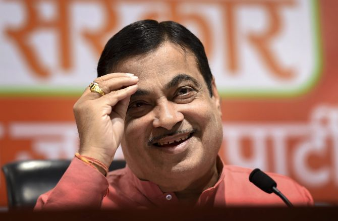 PUC centre issues fake tag to car 'owned' by Gadkari