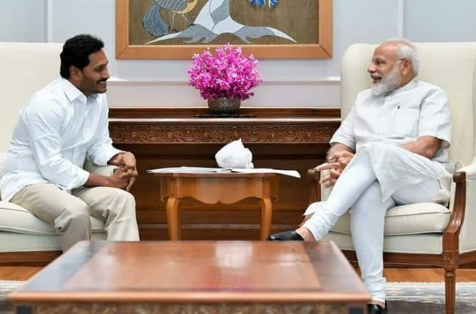 Jagan meets PM, Shah; discusses 'issue-based support'