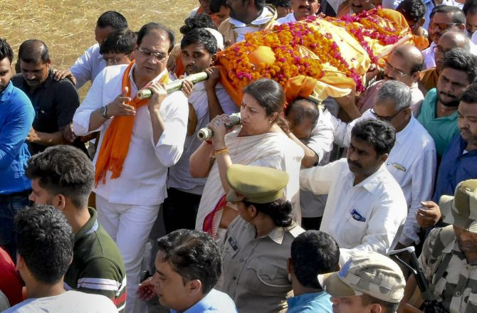 Smriti Irani's close aide killed in Amethi, 5 booked