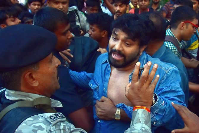 Supriyo manhandled by students at Jadavpur University