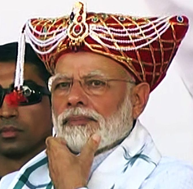 Trust SC on temple: Modi slams loudmouths