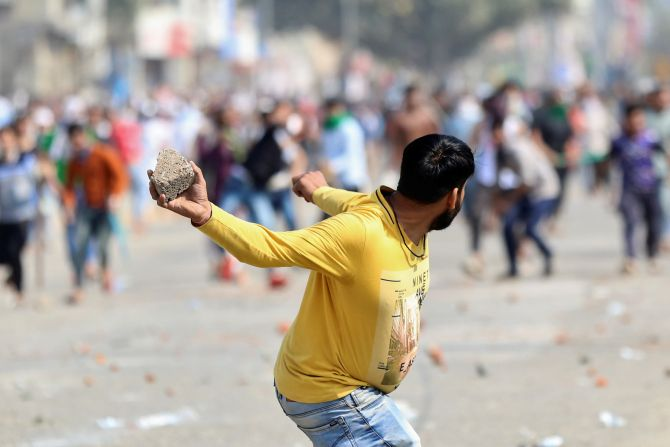 Delhi cop among 4 killed in violent clashes over CAA