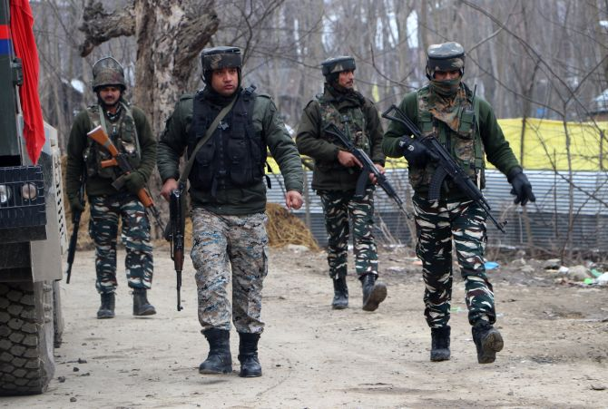 Self-styled Kashmir JeM chief among 3 killed