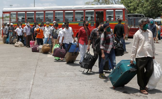Maha allows inter-district travel in Mumbai region