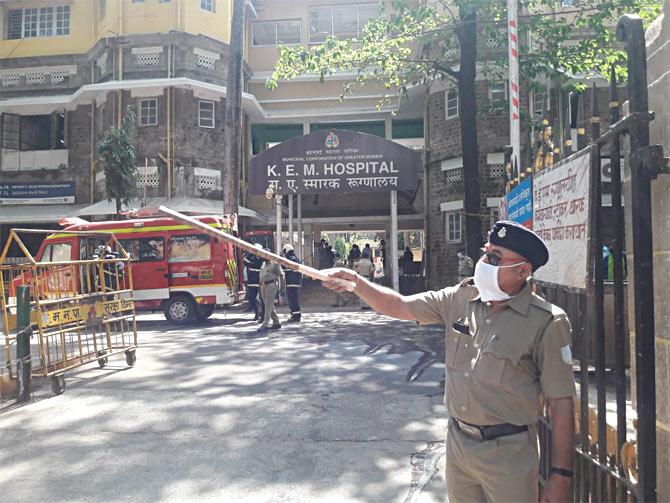 A scene outside Mumbai's KEM Hospital. Photograph: Saahil Salvi