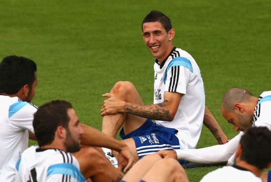Angel di Maria trains with his Argentina teammates