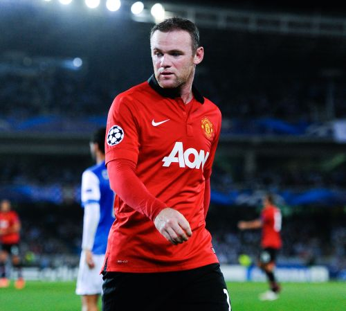 Rooney escapes United gloom for warmer climes