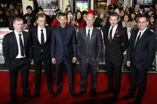 Paul Scholes, Phil Neville, Ryan Giggs, Nicky Butt, David Beckham and Gary Neville