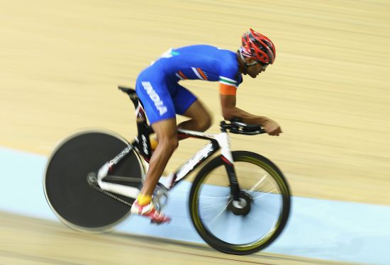 Amit Kumar of India competes in the Men's 4000m Individual Pursuit Qualifying at Sir Chris Hoy Velodrome