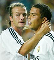 Real Madrid's David Beckham (L) and Ronaldo celebrate after Ronaldo scored the second goal