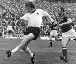 Wimmer of Germany scores the second goal during the European Championships match between Federal Republic of Germany v Russia June 19, 1972 in Brussels. Germany won the match 3-0
