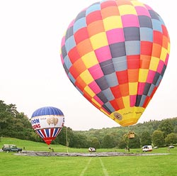 Vijaypat Singhania's 160feet high hot air balloon for his mission MI-70K