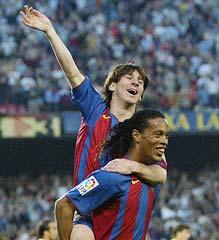 Lionel Messi with Ronaldinho