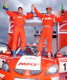 Gauav Gill (left) and Moosa Sherif of Team MRF