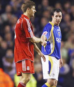 Former teammates Steven Gerrard and Robbie Fowler