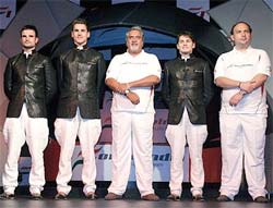 Vijay Mallya with the Force India team