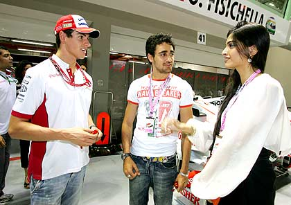 Adrian Sutil, Imran Khan and Sonam Kapoor