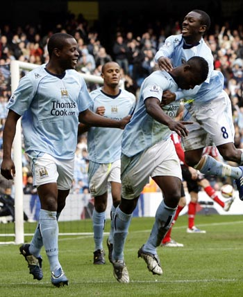 Man City eye top four spot