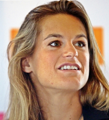 Amelie Mauresmo at a press conference to announce her retirement
