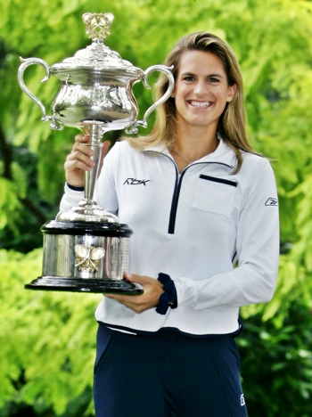 Amelie Mauresmo poses with the 2006 Australian Open Trophy