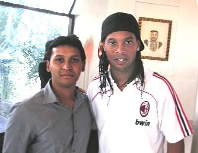 Ronaldinho in Dubai
