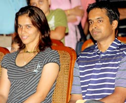 Saina and Pulela Gopichand