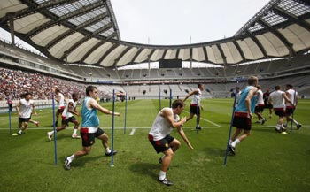 Manchester United's players take part in a training session in Seoul.