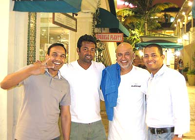 From left to right: Naveen's brother-in-law Anupam Jaddu, Leander Paes, Leander's personal assistant and myself Naveen Polaki
