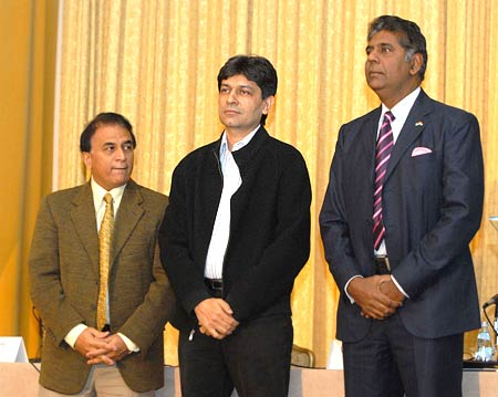 Sunil Gavaskar, Geet Sethi and Vijay Amritraj