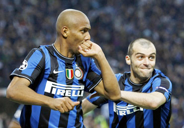Douglas Maicon scored the second goal for Inter