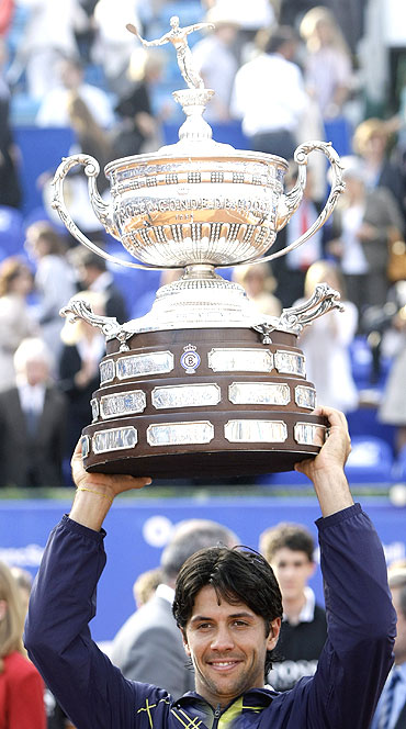Fernando Verdasco with the Barcelona Open Trophy