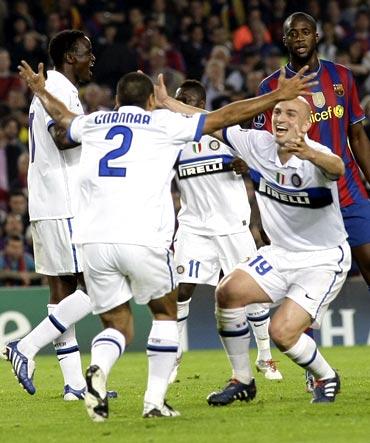 Inter Milan players celebrate
