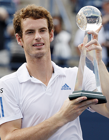 Andy Murray with the winners trophy in Toronto