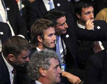 David Beckham and other members of England's bidding team react during the FIFA World Cup 2018 bid in Zurich