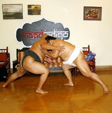 Byambajav Ulambayar (left) and Naranbat Gankhuyag during a practice game