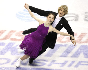 Davis and White during the free dance of the Grand Prix of Figure Skating final