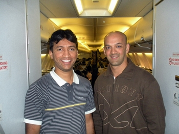 Viren Rasquinha (right)