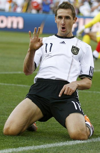 Germany's Klose prefers W Cup to scorer's title