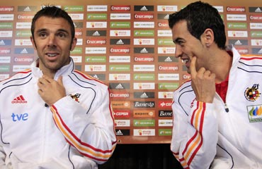 Carlos Marchena (left) and Sergio Busquets attend a news conference in Potchefstroom