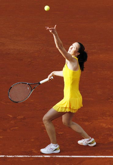 Jelena Jankovic serves during her match