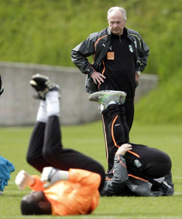 Ivory Coast coach Sven-Goran Eriksson during a training session