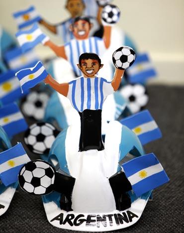 The Argentina fan helmets